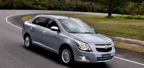 Chevrolet Cobalt vs Chevrolet Cruze